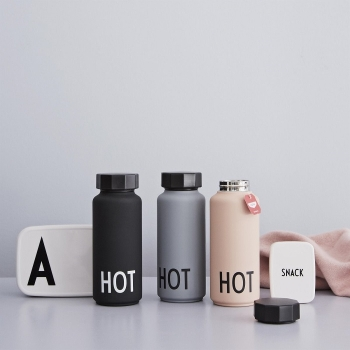 Design Letters Thermosflasche Hot schwarz