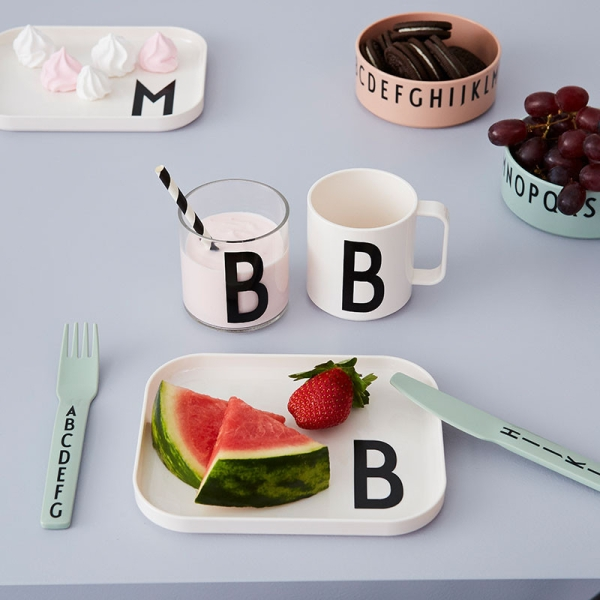 Design Letters Kids Trinkbecher S